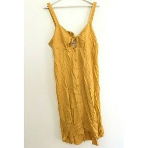 NWT Urban Outfitters Size Large Dress Button Up